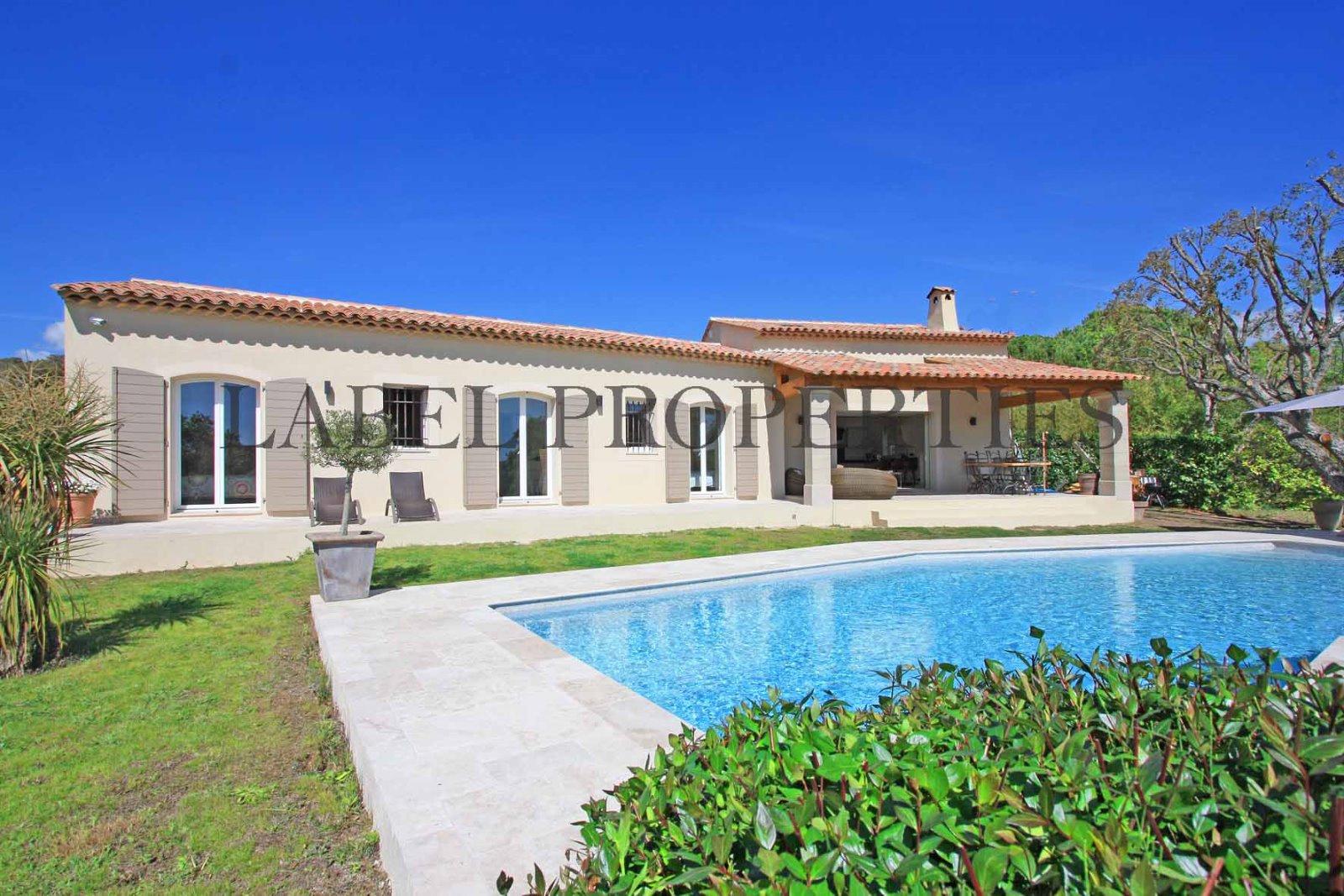Vente villa 7 pieces 210 m2 proche mougins for Acheter maison mougins